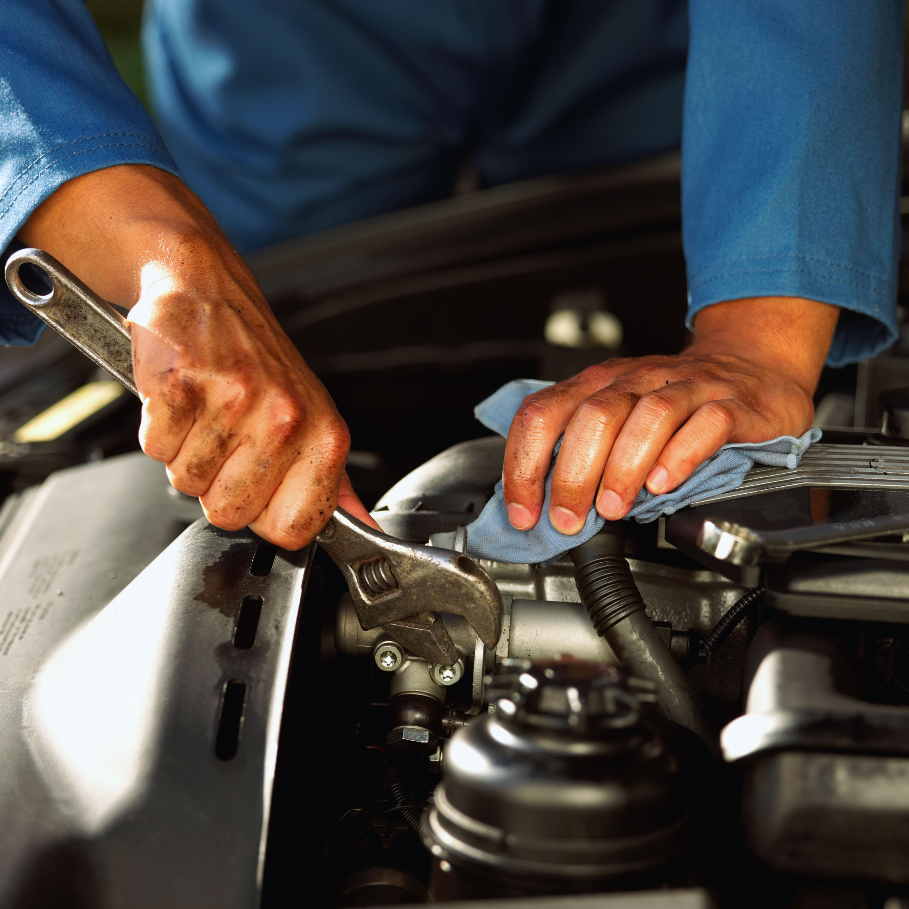 Lebanon Friendly Auto Service works with domestic and foreign vehicles